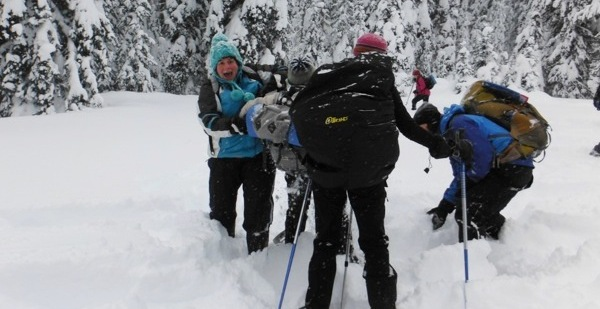 Family Snowshoe at Manning Park