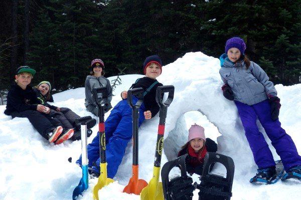 Family Snowshoe 2016