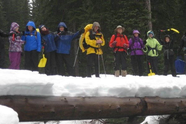 Family Snowshoe in Manning Park